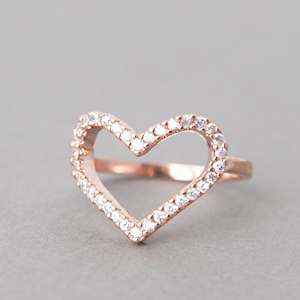 80d4fa1ec4 CZ Rose Gold Heart Ring - US 5, 6, 6.5, 7.5, 8.5 on Luulla