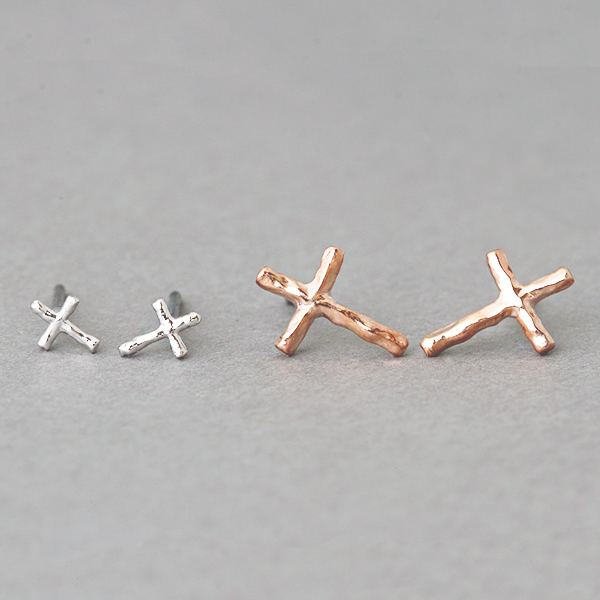SMALL CROSS EARRINGS SET OF 2